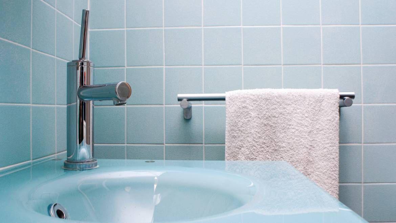 W jakiej łazience sprawdzi się kolorowa ceramika?